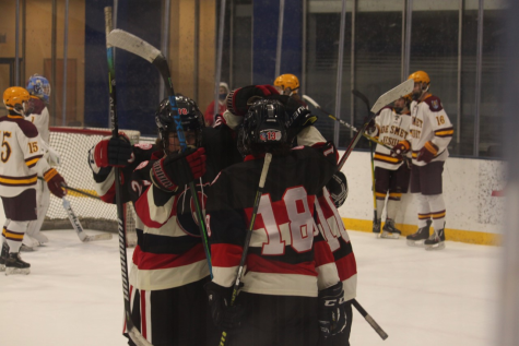 CCP Hockey Falls to DeSmet 5-3